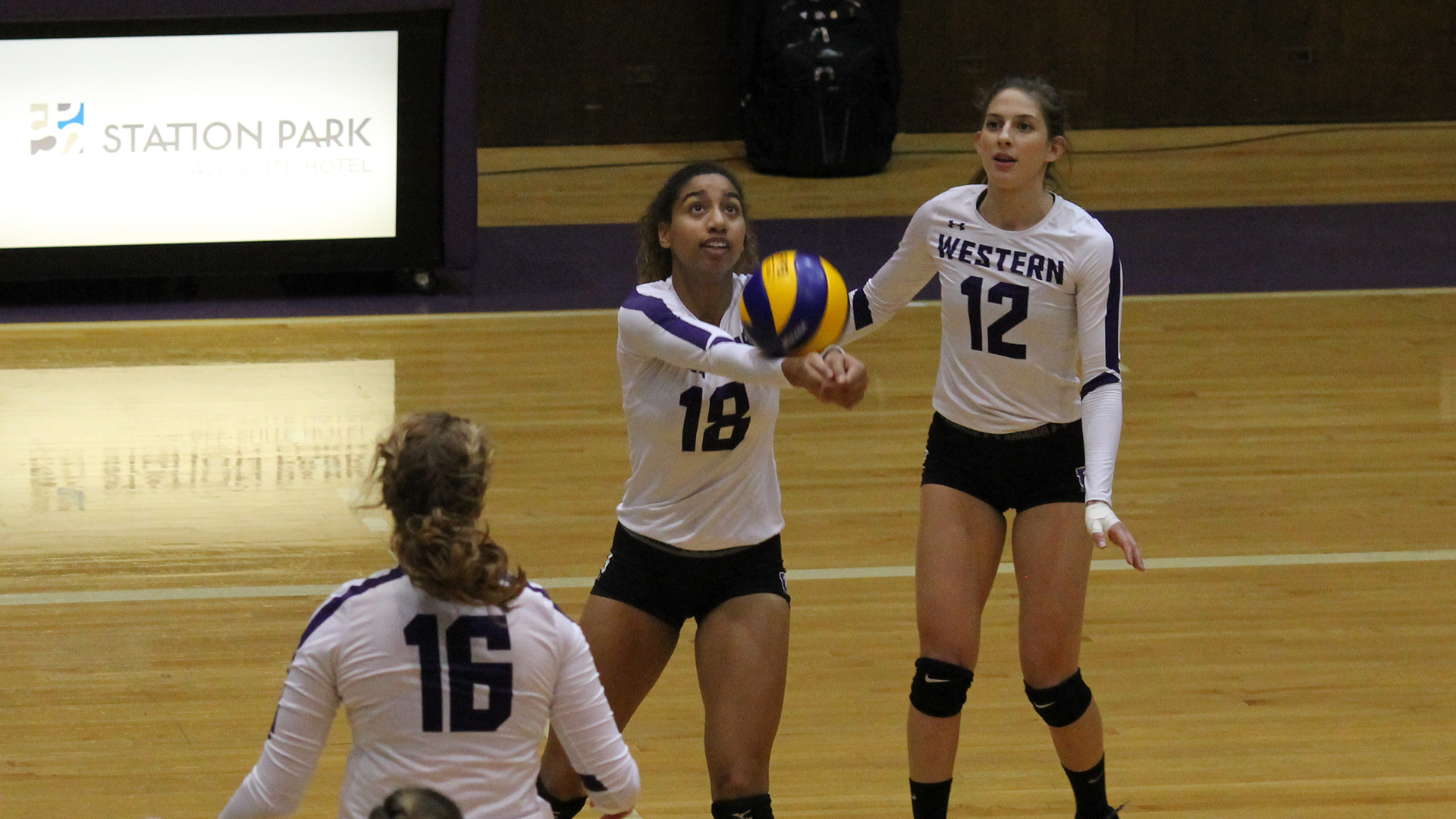 Western looks to stay undefeated this weekend against